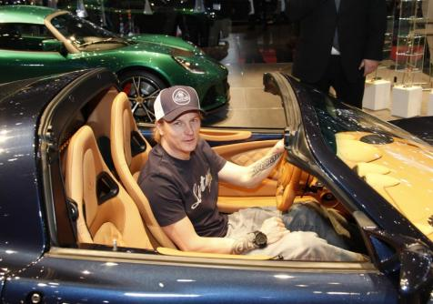 Kimi launches Exige S Roadster at Geneva Motorsho 2012